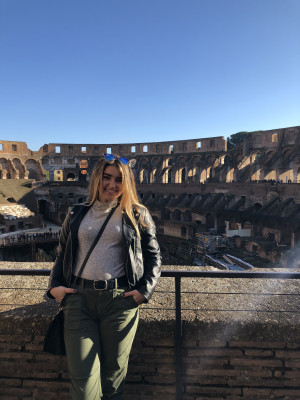 Student at the Colosseum in Italy